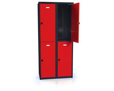 Klädskåp Karup, plant tak, BxDxH 800x500x1800 mm, 4 dörrar, röd/antracit