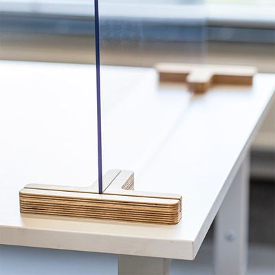 Bordsskärm Myrten, plexi, HxB 590x1600 mm, transparent, 10 st eller fler